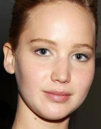 Jennifer Lawrence without makeup pic