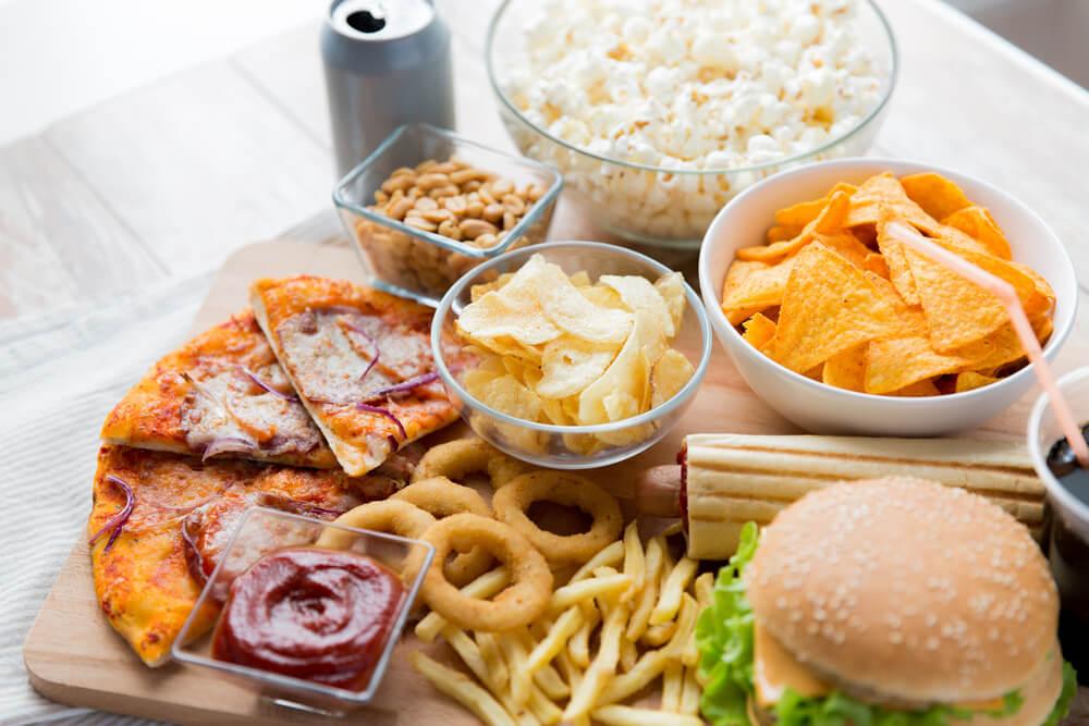 stop snacking:bikini body