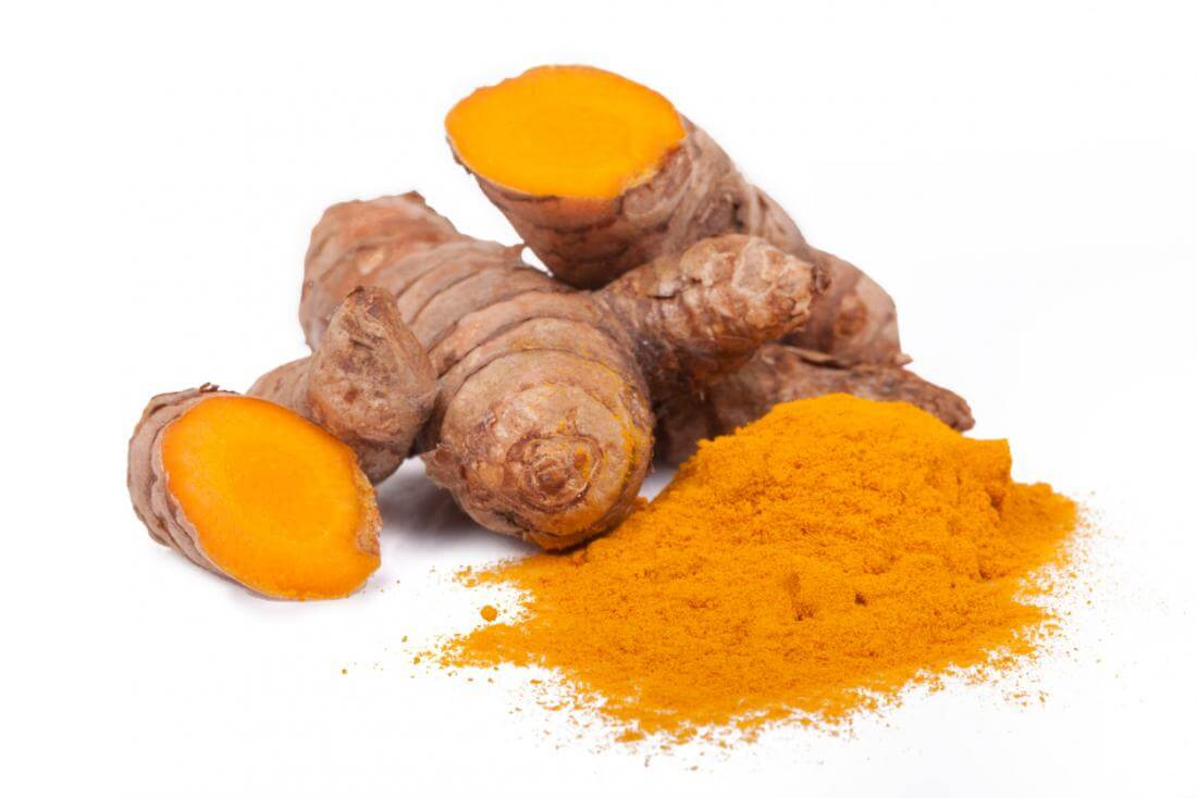 turmeric-root-and-powder for acne scar
